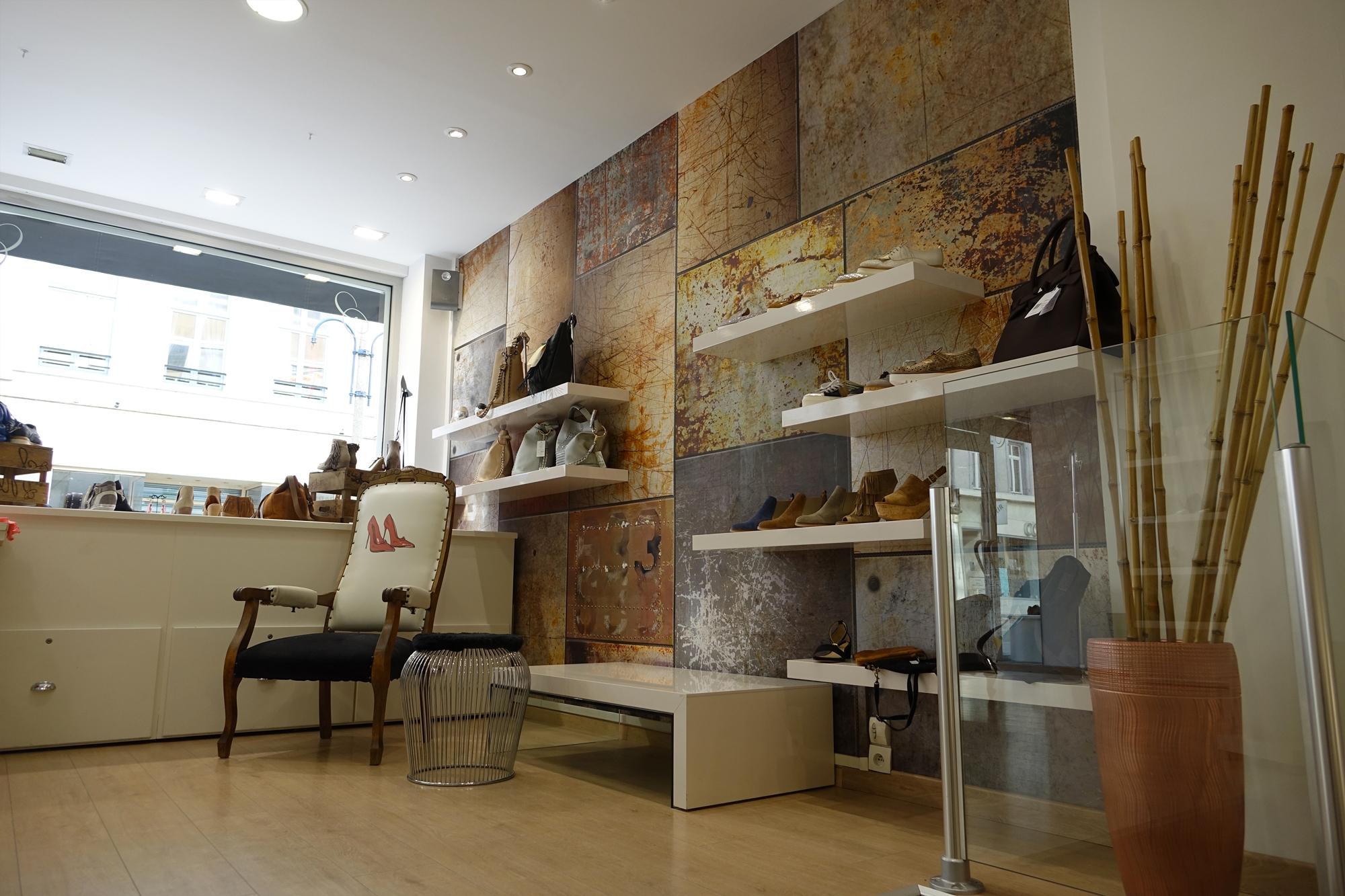 mur-metalise-byzance-chaussures Architecte interieur boulogne sur mer